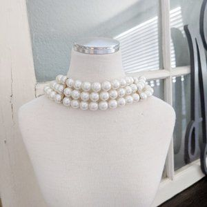Vintage 3 strand pearl Costume Jewelry Chocker
